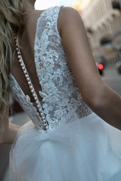 Chic V-neck Pearl Lace Tulle A-line Wedding Dress_5