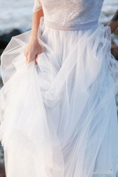 Awesome V-neck Lace Tulle A-line Wedding Dress_6