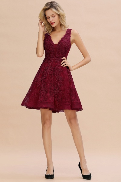 Princess V-neck Knee Length Lace Appliqued Homecoming Dress_18