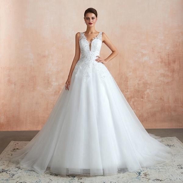 Exquisite Appliques Tulle A-line Wedding Dress_6