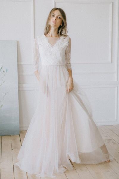 Elegant Lace Tulle A-line Sweep Train Wedding Dress_1