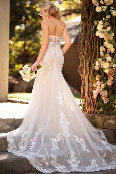 Strapless Tulle Chapel Train Mermaid Wedding Dress_3