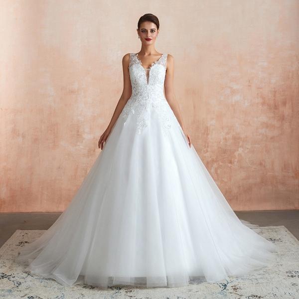 Exquisite Appliques Tulle A-line Wedding Dress_1