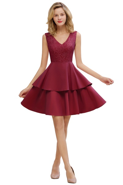 Sexy V-neck V-back Knee Length Homecoming Dress with Ruffle Skirt_2