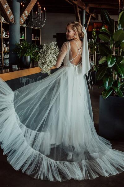 Modest Long Sleeve Tulle Chapel Train Wedding Dress_6
