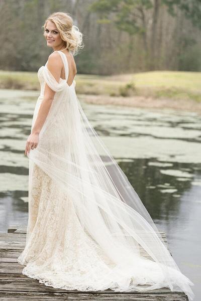 Best Cold-shoulder Lace Tulle Sheath Wedding Dress_3