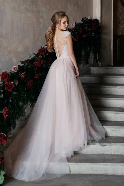 Chapel Train Appliques Tulle A-line Wedding Dress_6