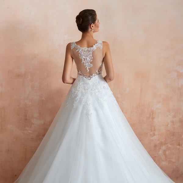 Exquisite Appliques Tulle A-line Wedding Dress_10