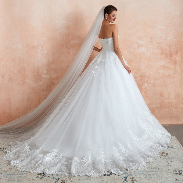 Stylish Strapless Appliques Tulle Wedding Dress_7