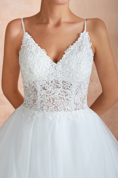 Glorious Appliques Tulle A-line Wedding Dress_12