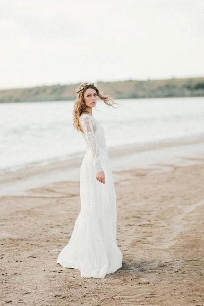 Chic Illusion Long Sleeve Tulle Wedding Dress_1