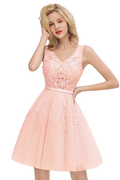 Sexy V-neck Lace-up Short Homecoming Dress with Lace Appliques_1