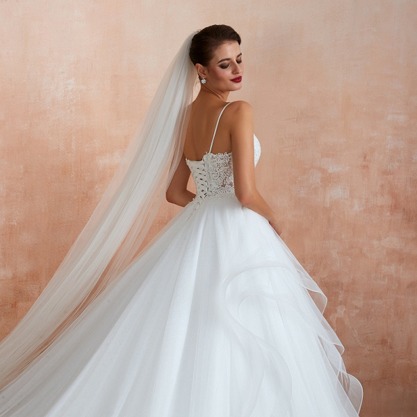 Glorious Appliques Tulle A-line Wedding Dress_11