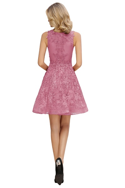 Princess V-neck Knee Length Lace Appliqued Homecoming Dress_14