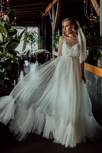 Modest Long Sleeve Tulle Chapel Train Wedding Dress_1