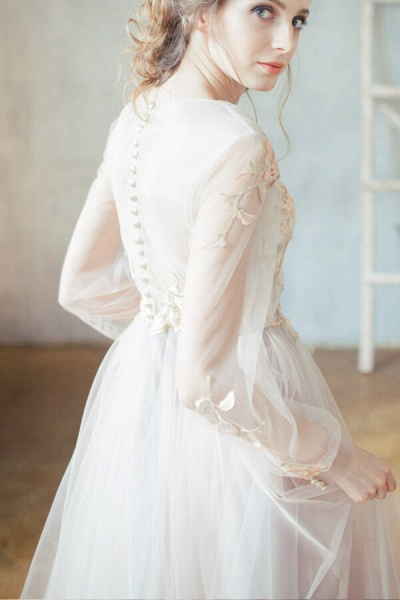 Elegant Long Sleeve Appliques Tulle Wedding Dress_4
