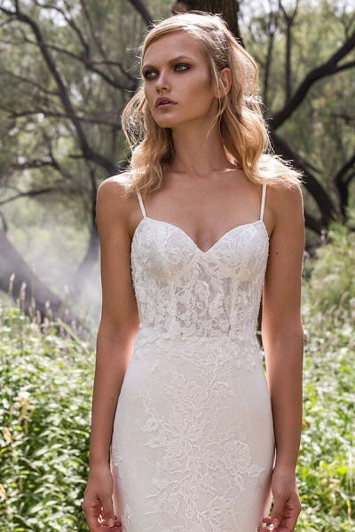 Elegant Spaghetti Strap Lace Mermaid Wedding Dress_4