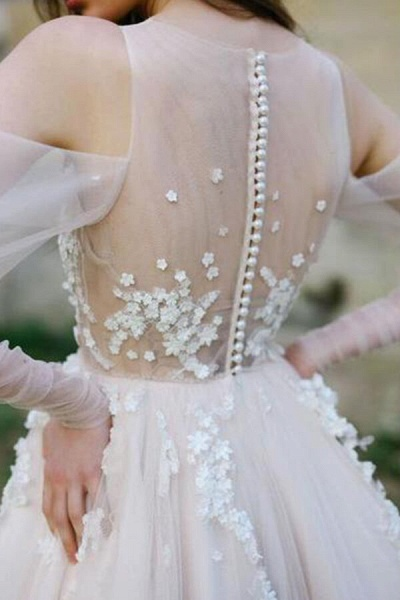 Chic Cold-shoulder Long Sleeve Tulle Wedding Dress_4