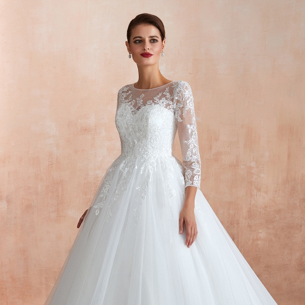 Wonderful Appliques Tulle A-line Wedding Dress_10