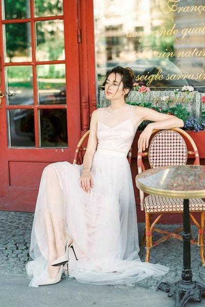 Graceful Floor Length Tulle A-line Wedding Dress_6
