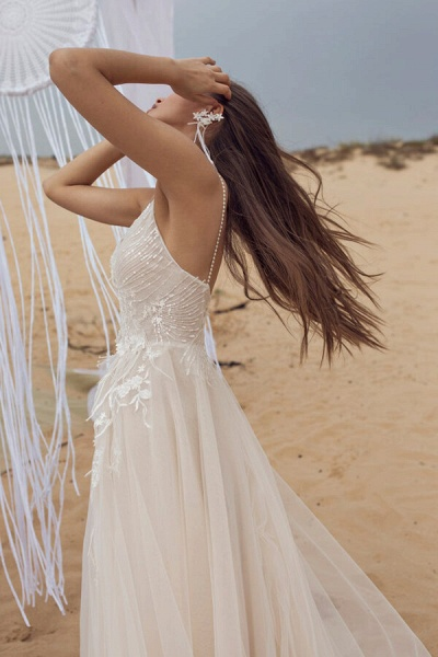 Awesome Spaghetti Strap Tulle A-line Wedding Dress_5