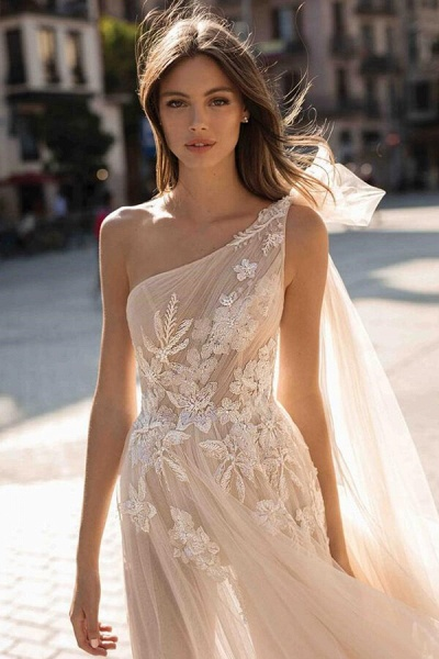 One Shoulder Appliques Tulle A-line Wedding Dress_4