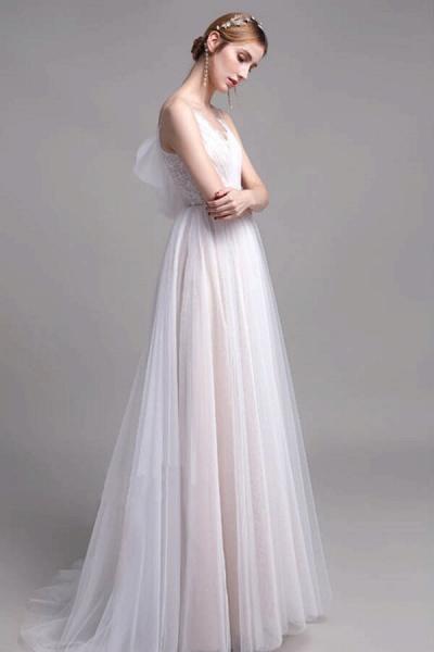 Graceful Spaghetti Strap Lace Tulle Wedding Dress_4