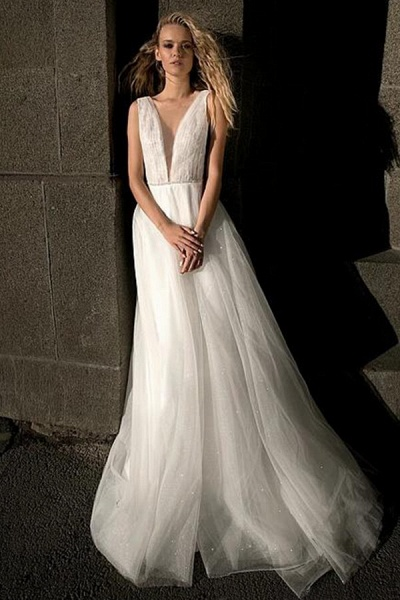 Graceful Ruffle V-neck Tulle A-line Wedding Dress_1