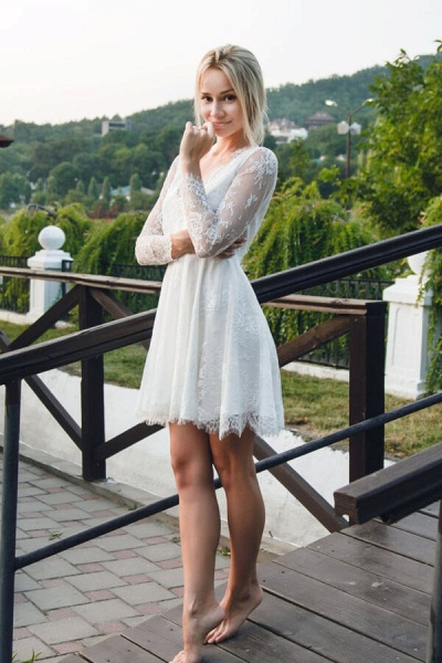 V-neck Long Sleeve A-line Lace Short Wedding Dress_2