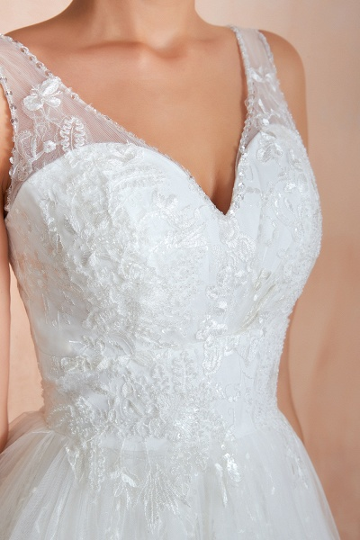 Elegant V-neck Lace Tulle A-line Wedding Dress_11