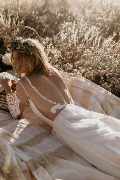 Open Back Long Sleeve Chiffon A-line Wedding Dress_6