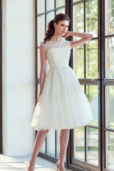 Graceful Lace Tulle Knee Length Wedding Dress_3
