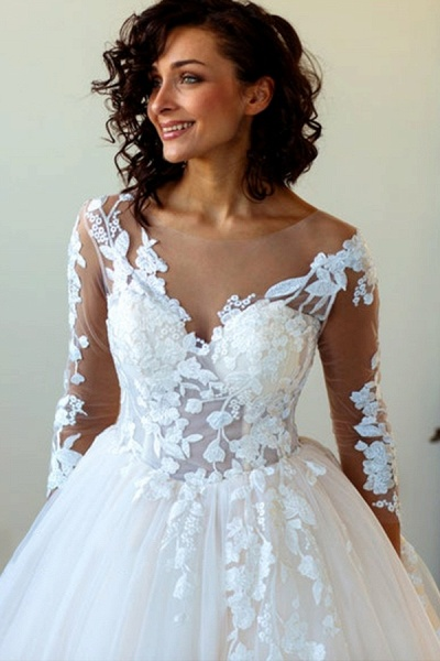 Lace-up Appliques Tulle Ball Gown Wedding Dress_6