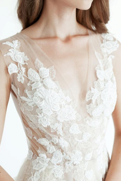 Latest V-neck Tulle A-line Wedding Dress_7
