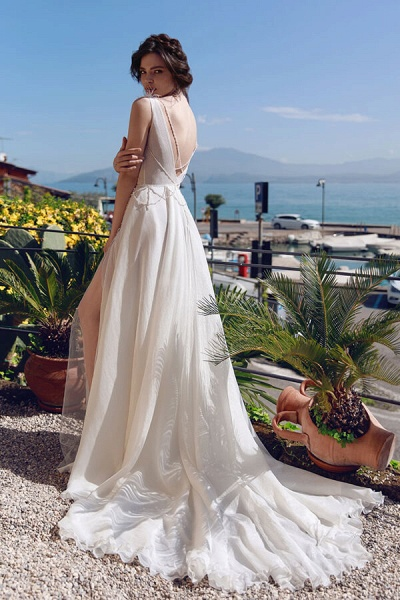 Front Slit Feather Tulle A-line Wedding Dress_3
