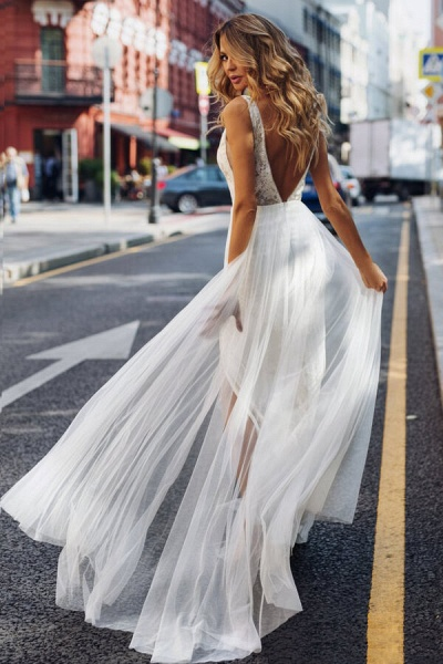 Chic Front Slit Tulle A-line Wedding Dress_4