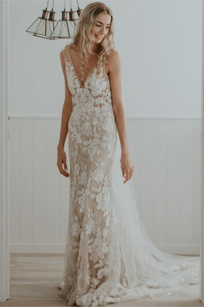 Affordable V-neck Court Train A-line Wedding Dress_1