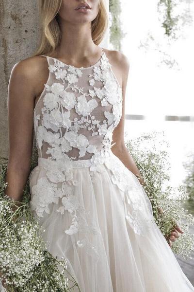 Floor Length Appliques Tulle A-line Wedding Dress_5