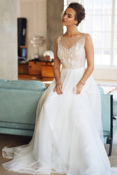 Affordable Chapel Train A-line Tulle Wedding Dress_5