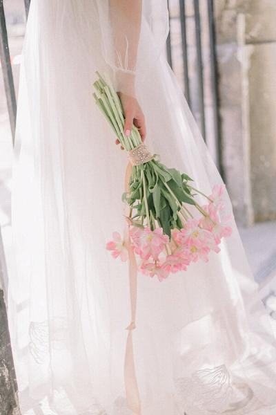 Latest Long Sleeve Tulle Floor Length Wedding Dress_6