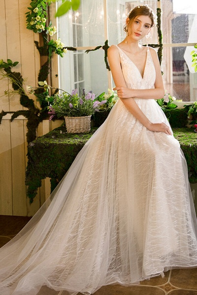 Best Cathedral Train Tulle A-line Wedding Dress_5