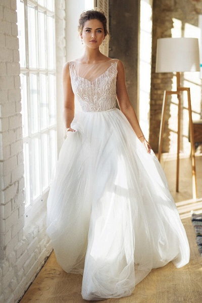 Affordable Chapel Train A-line Tulle Wedding Dress_1