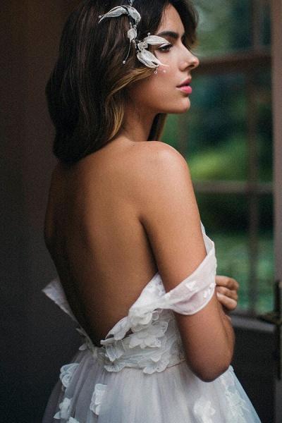 Affordable V-neck Appliques Wedding Dress_6