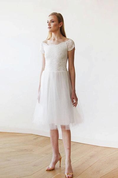 Short Sleeve Lace Tulle Knee Length Wedding Dress_1