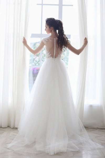 Chapel Train Appliques Tulle A-line Wedding Dress_4