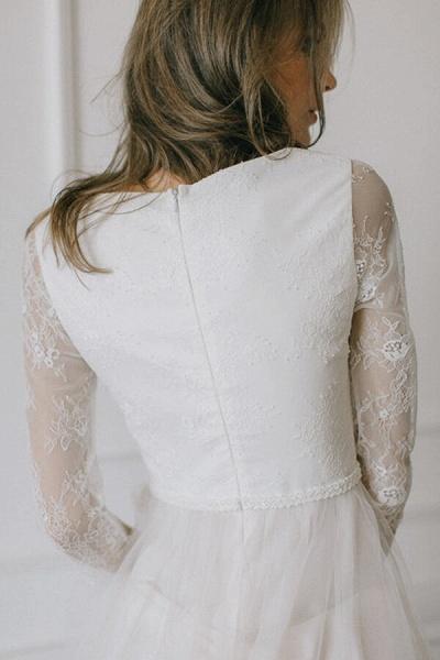 Elegant Lace Tulle A-line Sweep Train Wedding Dress_6