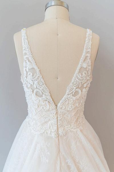 V-neck Appliques Tulle Chapel Train Wedding Dress_8
