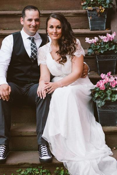 Cap Sleeve Ruffle Lace Chiffon Sheath Wedding Dress_10