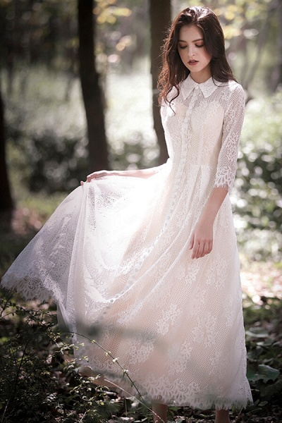 Cute Front Button-up Lace A-line Wedding Dress_8