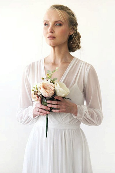 Graceful Long Sleeve V-neck Chiffon Wedding Dress_6